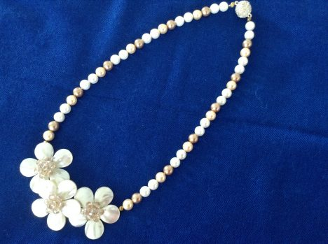 Necklace pearls and flowers
